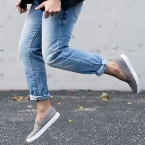 Vince Preston slip-on sneakers NWB sz9M